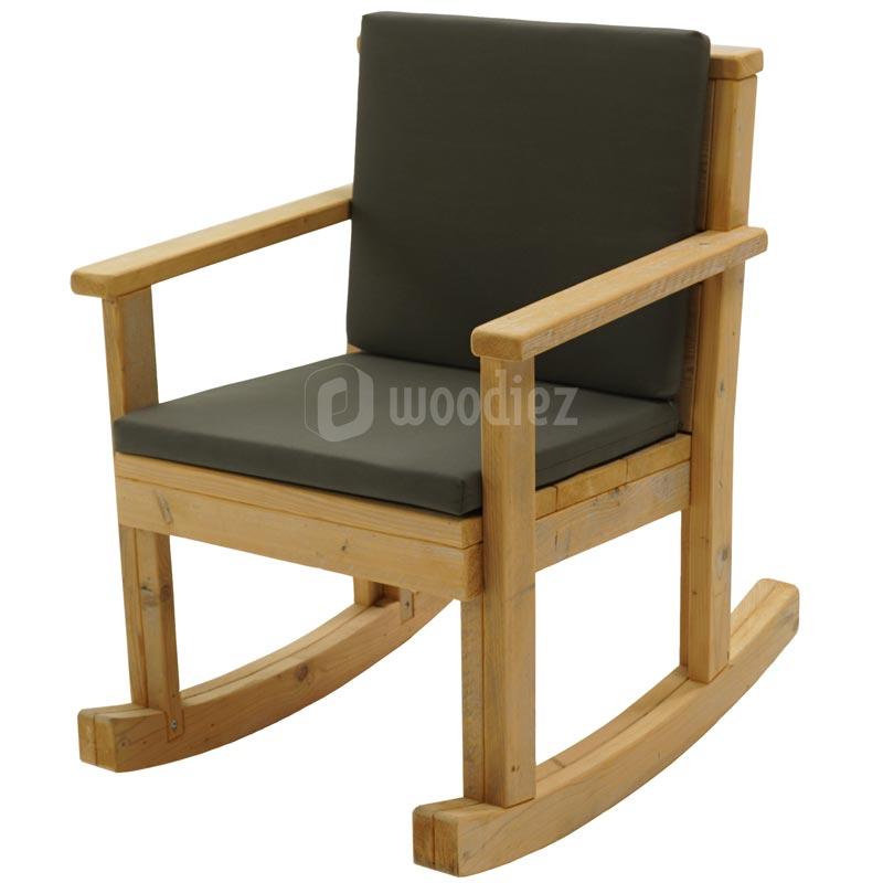 Moderne steigerhouten schommelstoel huren met antraciete kussens