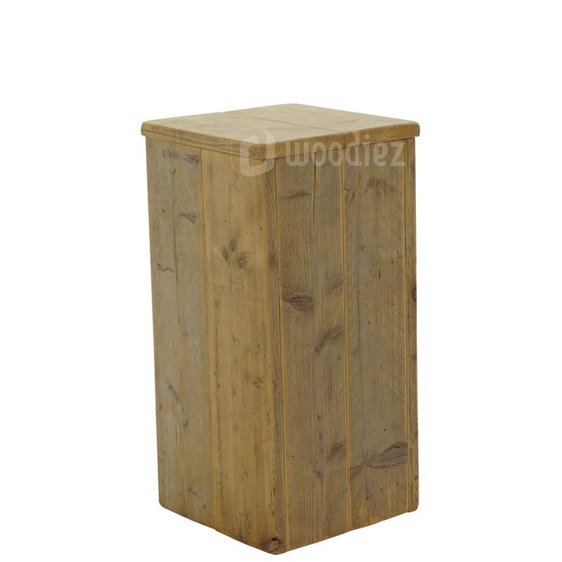 Presentatiezuil of sokkel van steigerhout huren