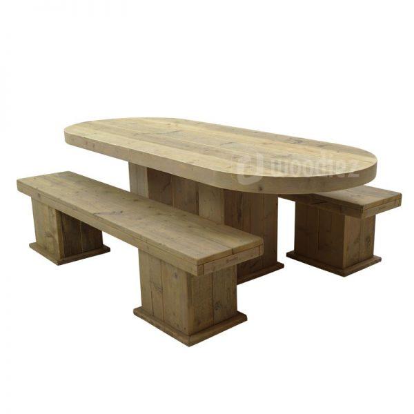 Steigerhouten picknicktafel met afgeronde hoeken huren