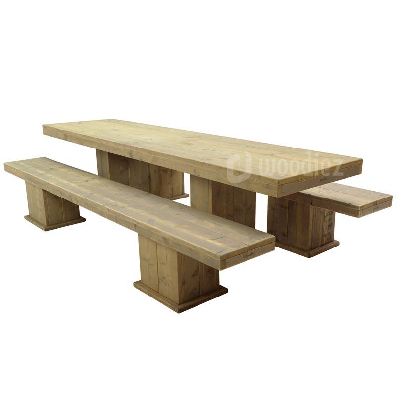 robuuste picknicktafel van steigerhout huren woodiez