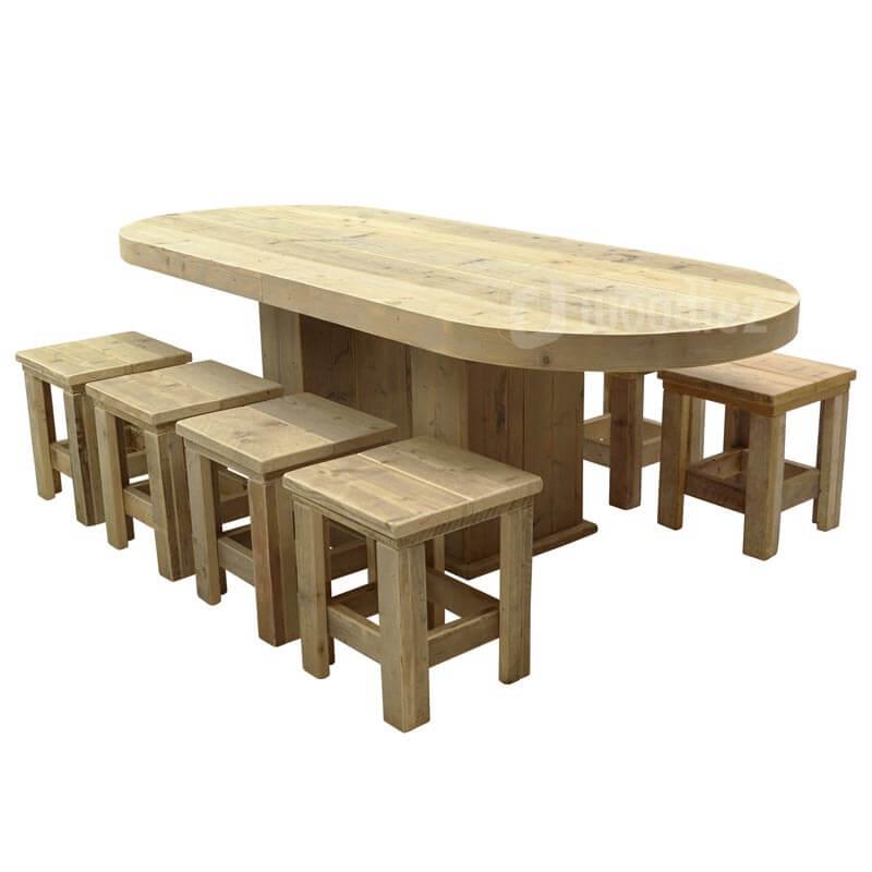 Steigerhouten tafel met afgeronde hoeken en steigerhouten krukjes huren