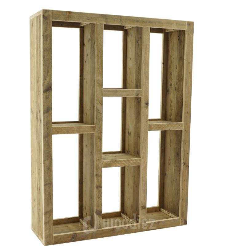 Steigerhouten boekenkast met vakken op maat gemaakt