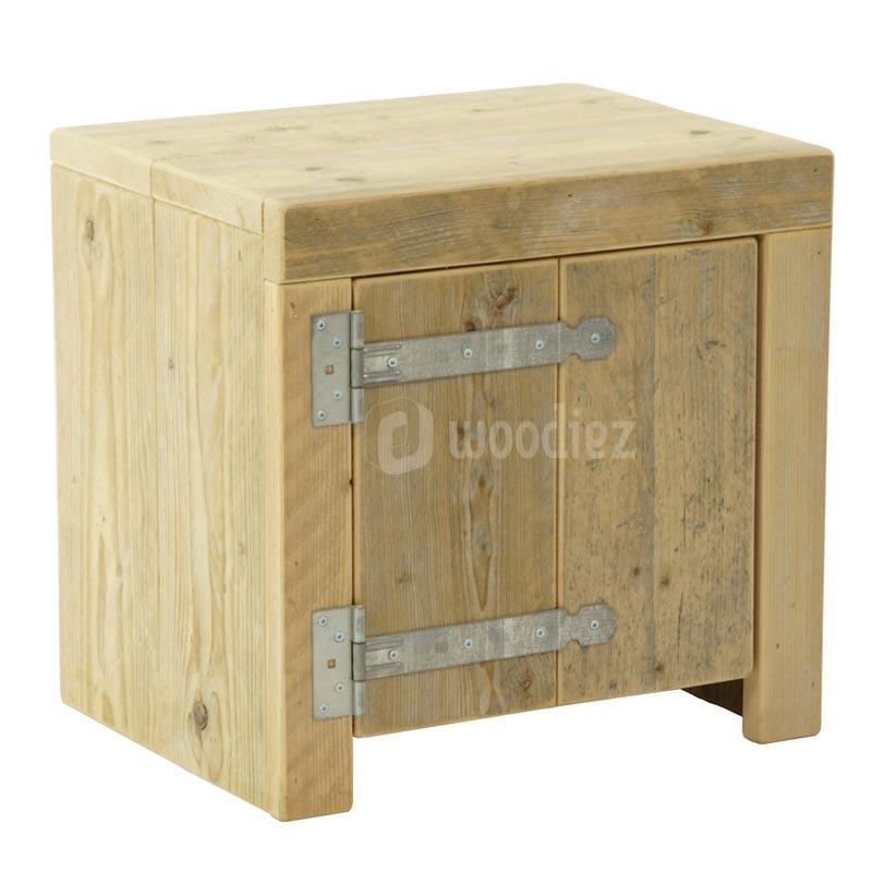 Steigerhouten nachtkastje met scharnier woodiez for Steigerhout op maat