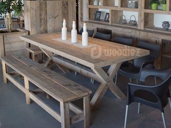 Tweedehands tafels salontafels bijzettafels van glas en hout