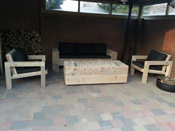 Steigerhouten loungeset op maat met loungestoelen, loungebank en hocker met opbergruimte