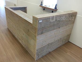 Robuuste steigerhouten balie op maat