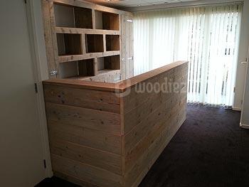 Steigerhouten kantinebar, verkoopbalie of toonbank op maat gemaakt