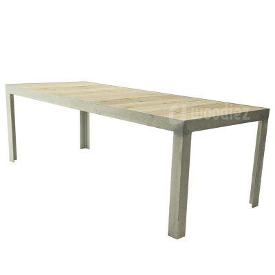 Tuintafel verzinkt staal en steigerhout op maat kopen met metalen frame