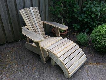 Bijzondere ligstoel van steigerhout maatwerk