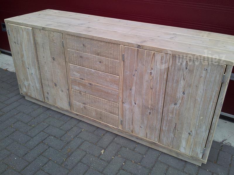 Steigerhouten dressoir op maat met touch systeem lades en deuren