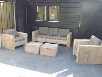 Steigerhouten loungeset met loungebank, loungestoelen, hockers en plofkussens op maat